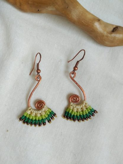 yellow pale green macrame earrings. Spiral handmade copper design. Bohoearrings. Gipsy style. Bohochick