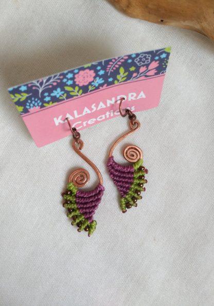 handmade macrame earrings. spiral copper design. Boho earrings. Celtic jewelry. Artisan Jewelry
